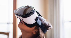Virtuaalitodellisuuden ja lisätyn todellisuuden avulla opiskeleminen