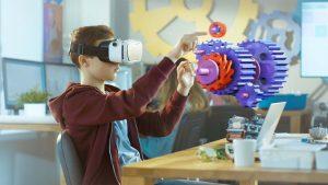 5G palvelut tiedonsiirto VR Elisa