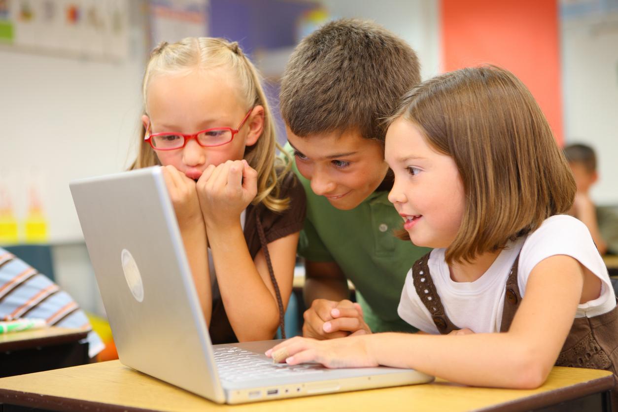 lapselle tietokone